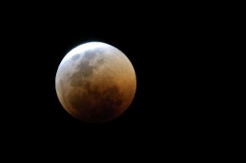 Total lunar eclipse by Manuel Lopes 3